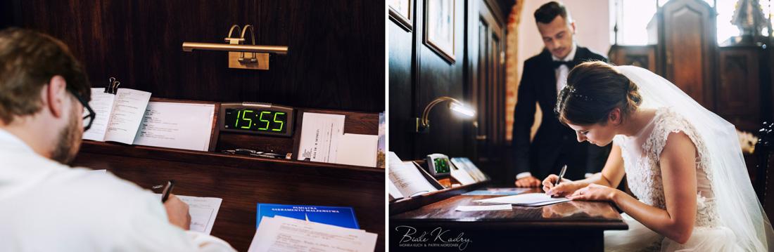Podpisywanie dokumentów ślubnych w kancelarii parafialnej