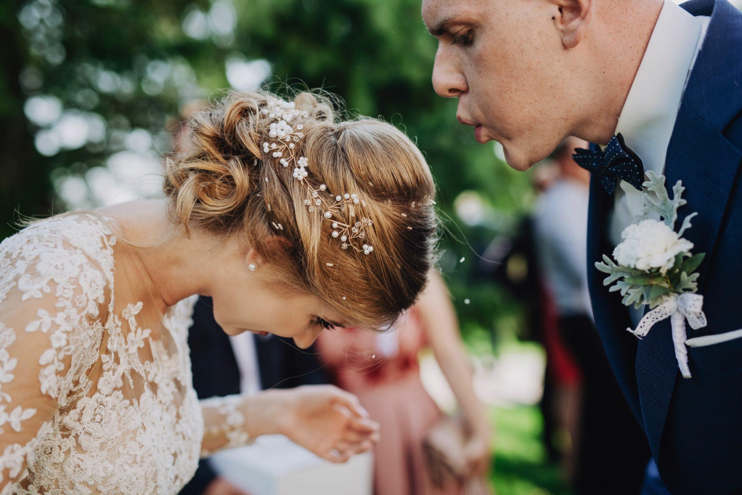 Ciekawe zdjęcia i kreatywne kadry ślubne, harmonogram dnia ślubu