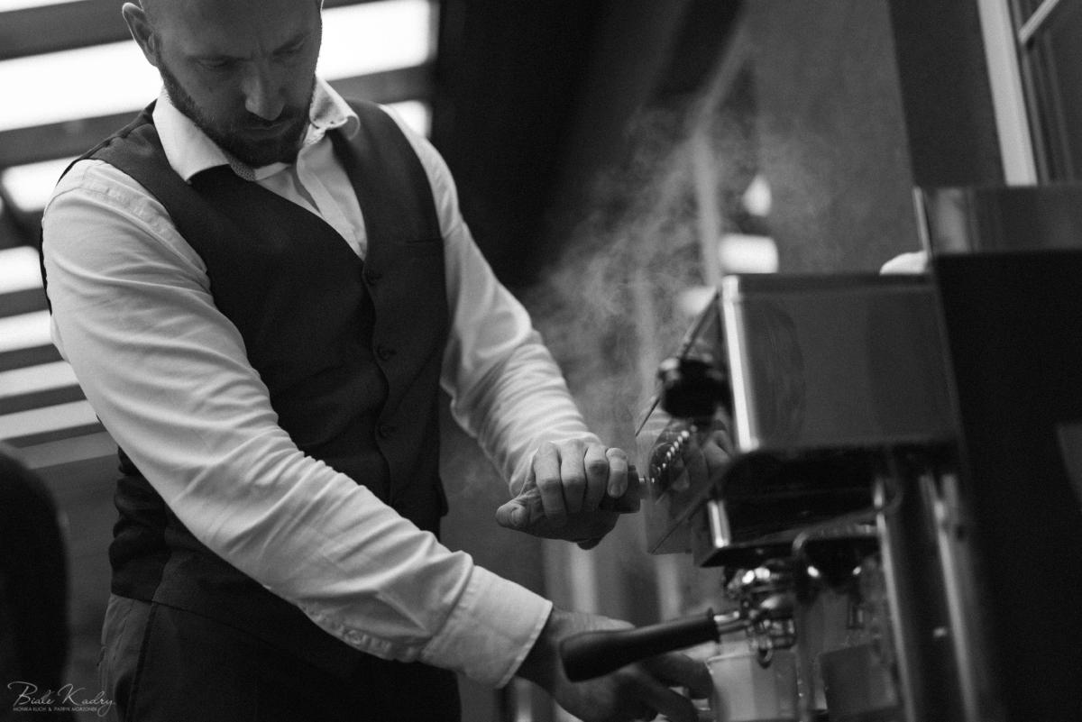 barista na weselu - kawa na weselu i zdjęcia detali