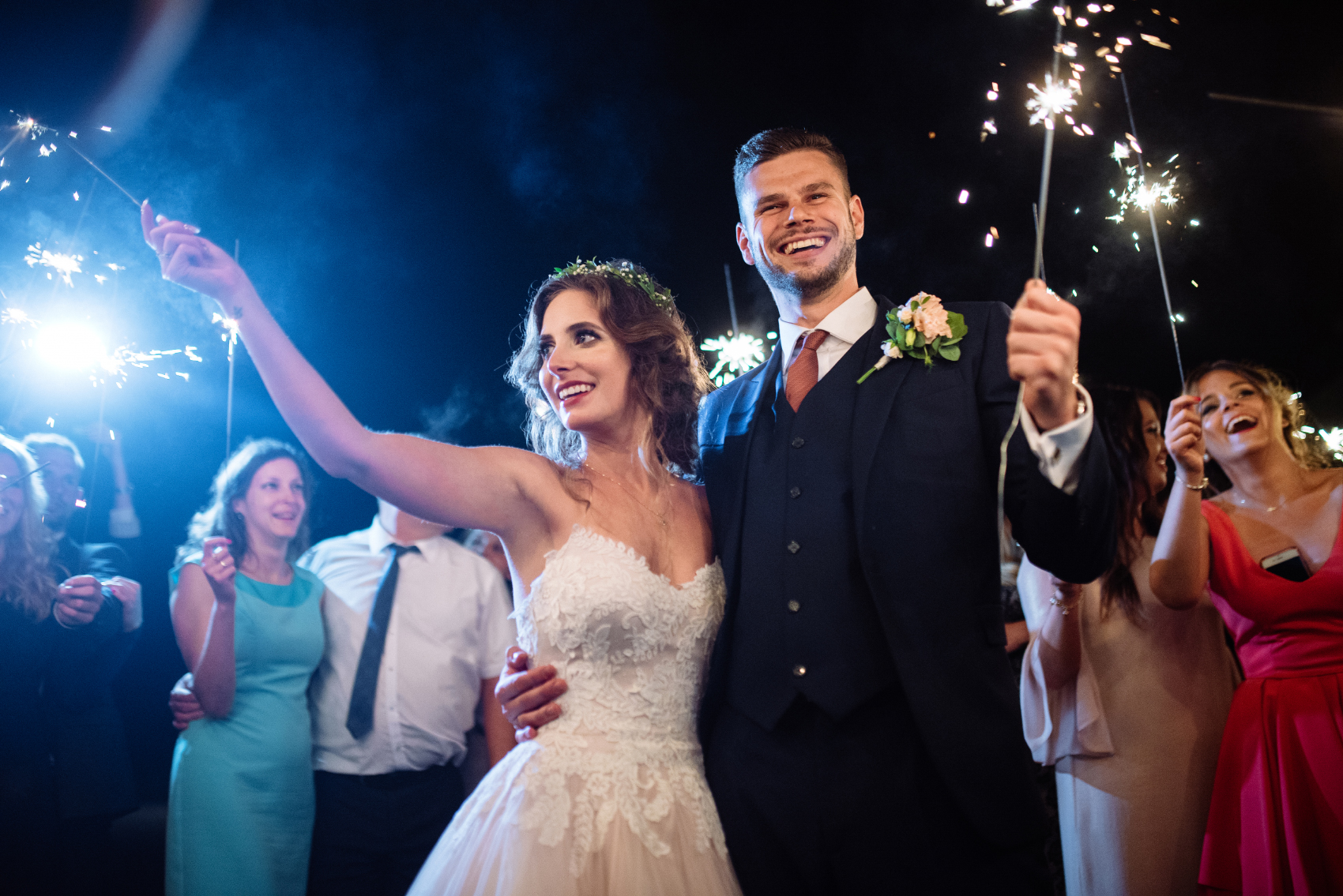 Atrakcje weselne - zdjęcia z zimnymi ogniami na weselu